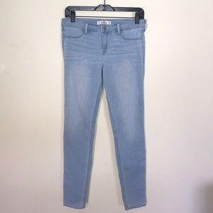 Hollister Light Wash Blue Skinny Jean Size 7R